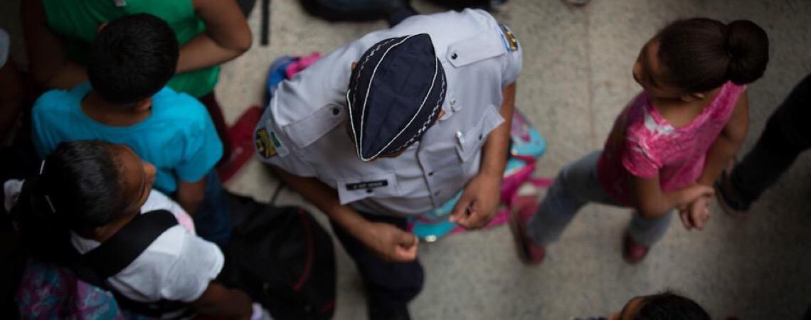 Em Brasília. Três escolas aprovam e duas recusam gestão compartilhada com Polícia Militar