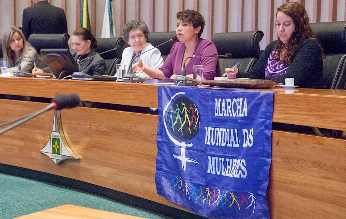 Audiência pública pede fiscalização das medidas protetivas da Lei Maria da Penha em Brasília