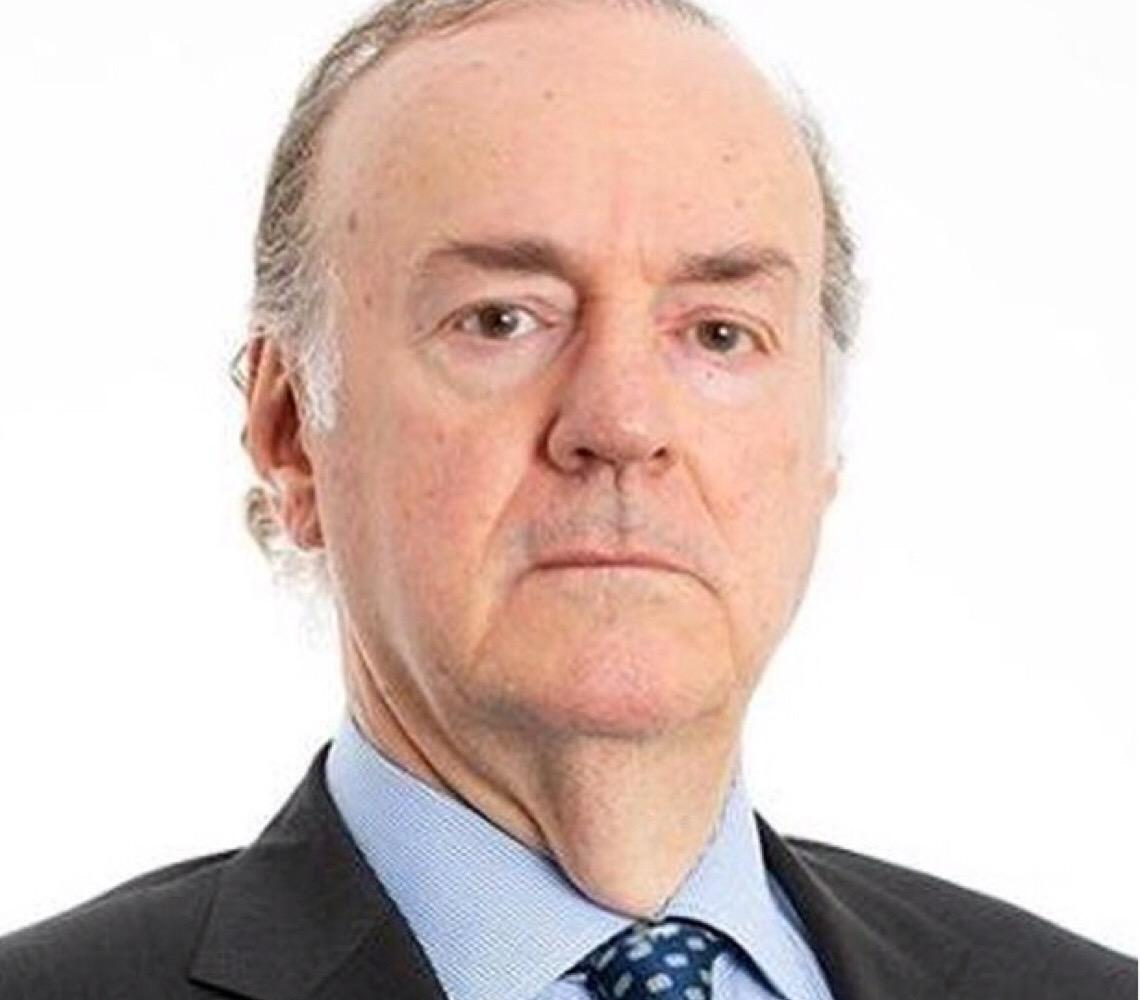 Novo favorito à PGR nega ligação com Flávio Bolsonaro, ataca Lava Jato e diz que democracia é uma farsa
