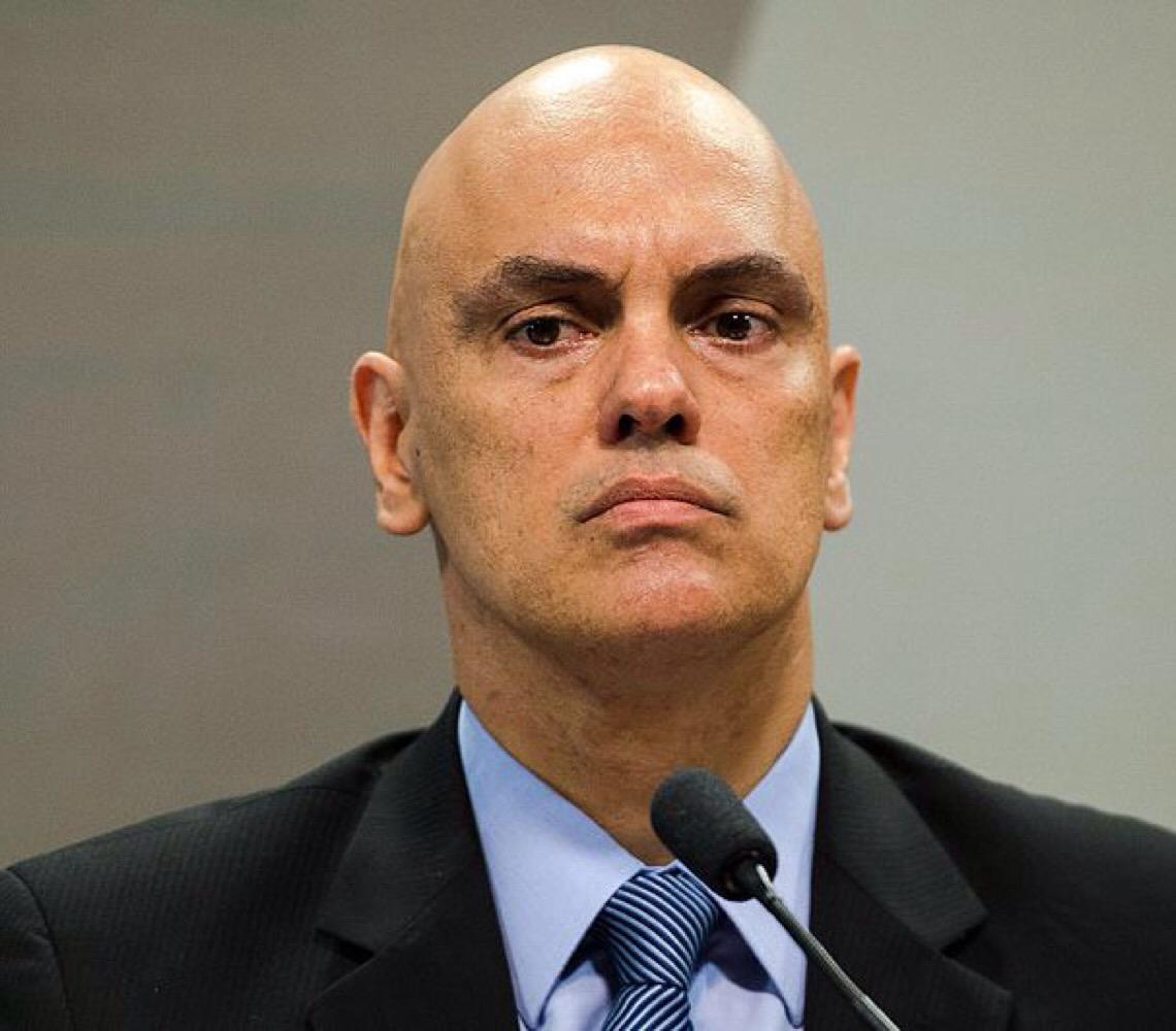 Proposta de Rodrigo Maia sobre R$ 2,5 bi da Lava Jato leva Alexandre de Moraes a cobrar manifestação da PGR