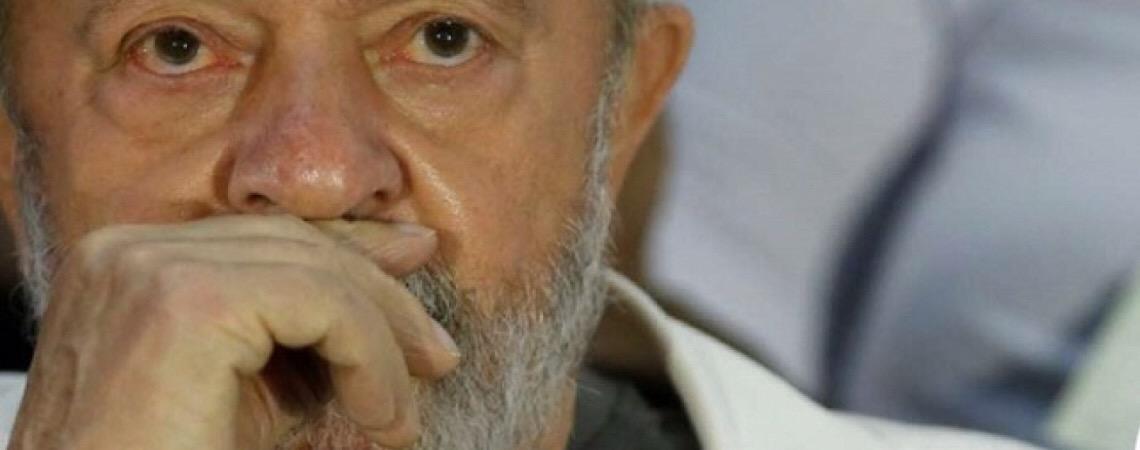 Escritório que defende Lula demite todos seus advogados criminalistas