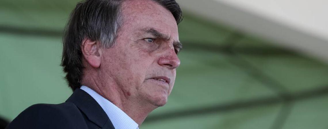 Presidente Jair Bolsonaro compra brigas inúteis e afeta relações externas