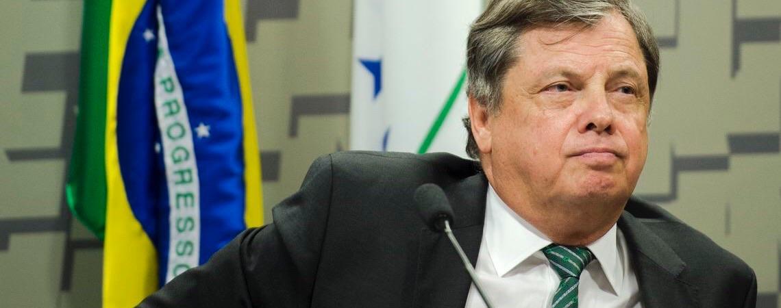 Embaixador brasileiro na França estranha 300 ONGs na Amazônia e nenhuma no Nordeste