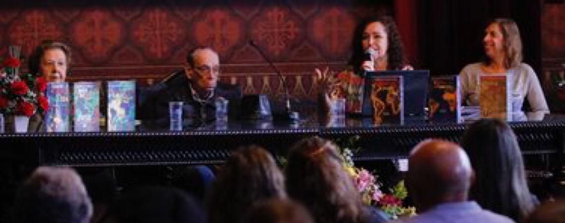 Encontro busca difundir obras de poetas da língua portuguesa
