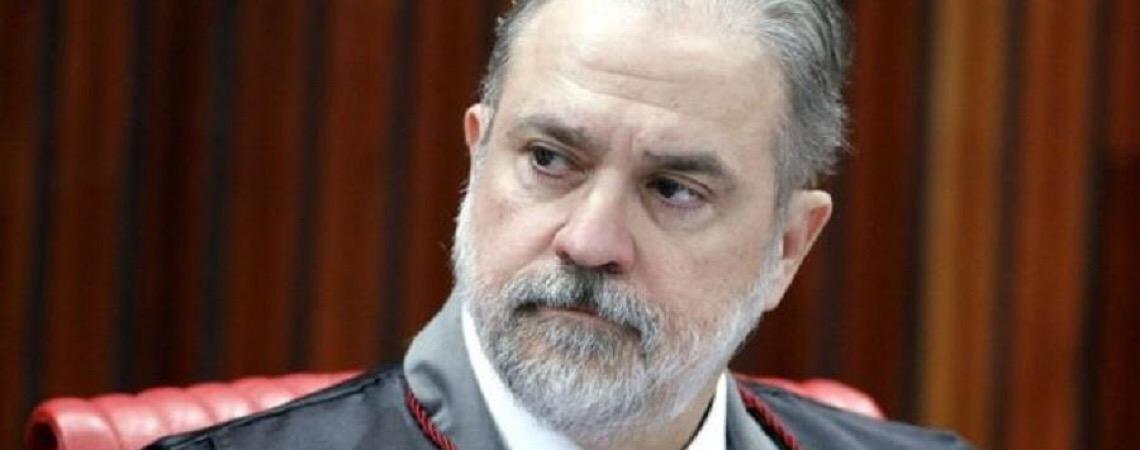 Em visita ao Senado. Augusto Aras tem discurso bem recebido e evita imprensa