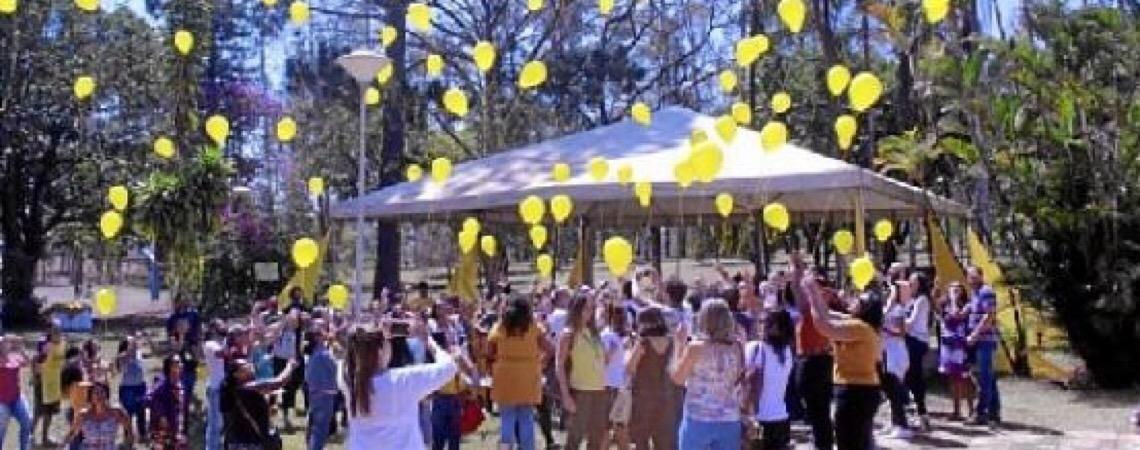 Ações para valorizar a vida. Ação da Secretaria de Saúde para destacar o Setembro Amarelo em Brasília