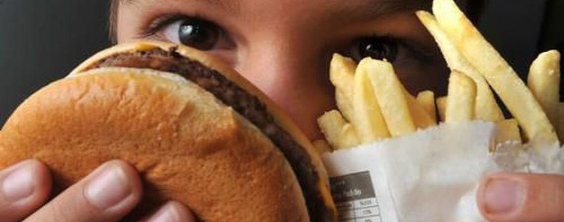 Campanha Setembro Laranja alerta para a obesidade infantil