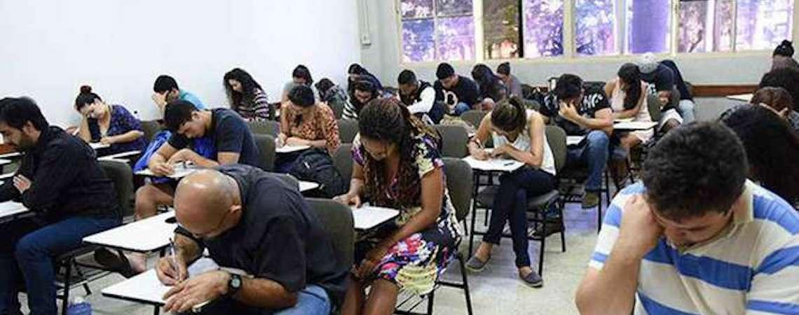 Mais de 1,8 mil brasileiros fazem neste domingo o Encceja Exterior