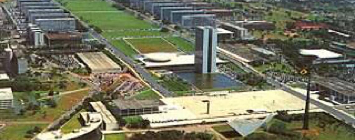 Pacto sinistro entre os três Poderes é a desmoralização da democracia no Brasil