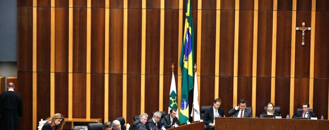 Em Brasília. Tribunal de Justiça diz que lei sobre compensação de folgas da saúde é inconstitucional