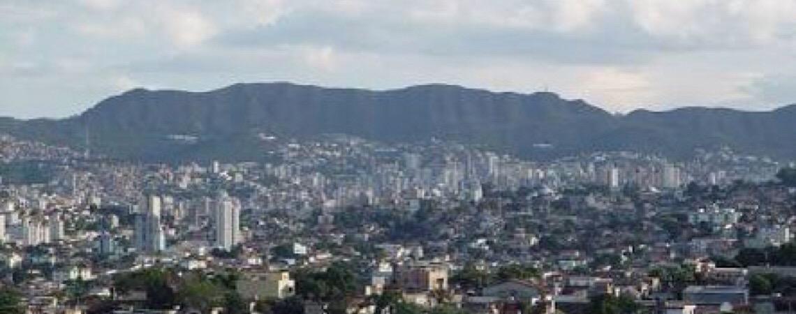Professor é preso em Minas Gerais após parabenizar, em rede social, homem por matar policial militar
