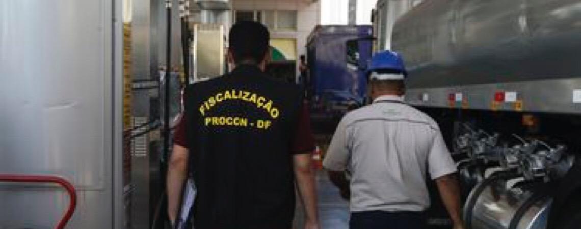 Em Brasília. Procon fiscaliza aumento irregular nos preços de combustível