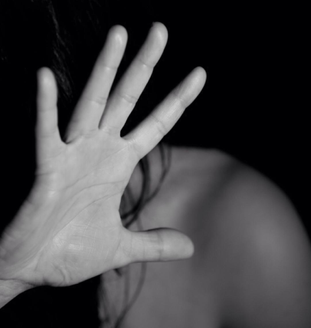 Polícia Federal prende mulheres envolvidas em mais de 30 estupros dos próprios filhos