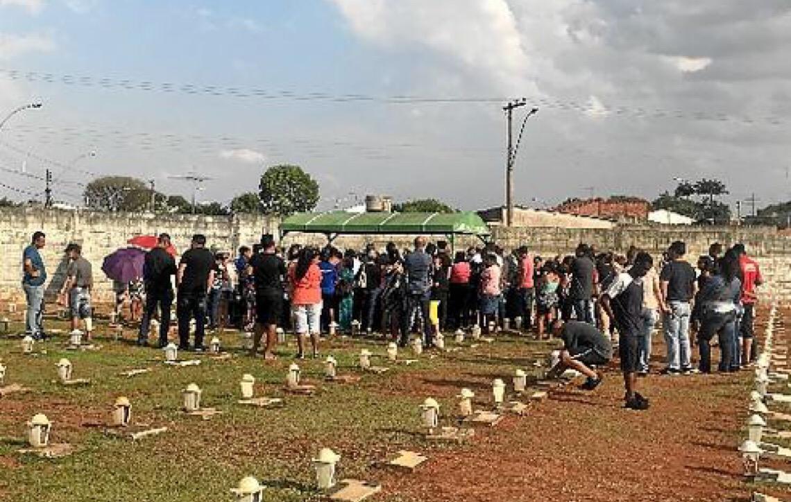 Dor no adeus a mais uma vítima de feminicídio em Brasília