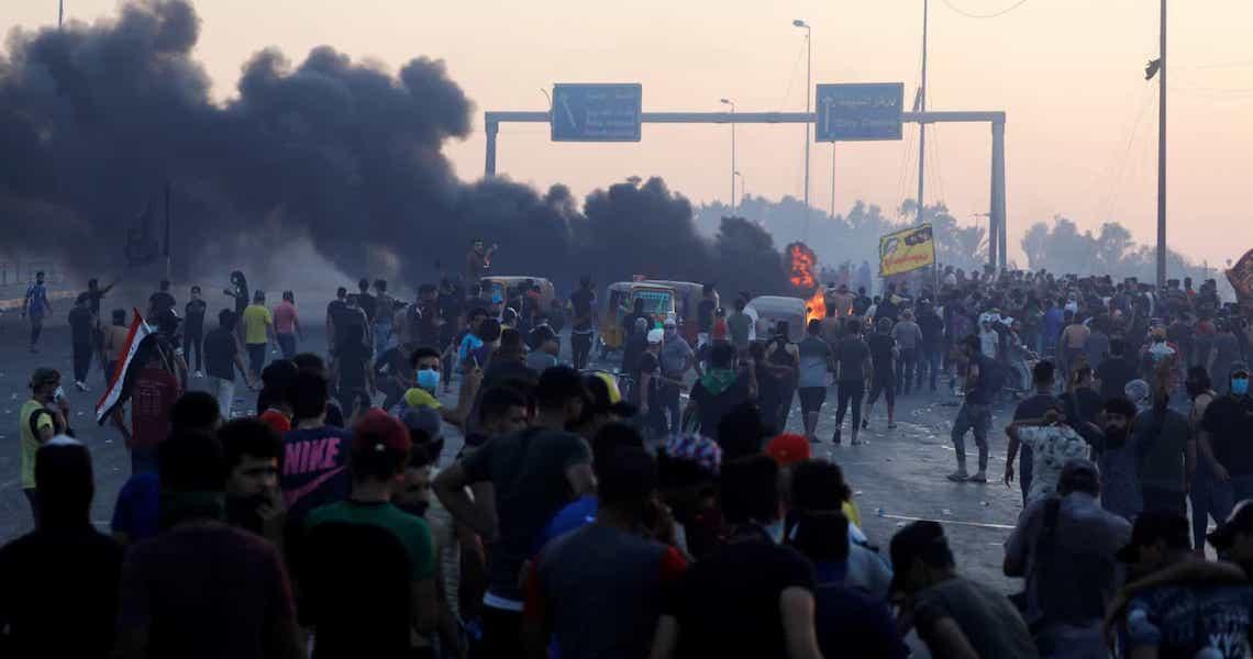 Mais de 100 mortos e de 6.100 feridos em protestos no Iraque