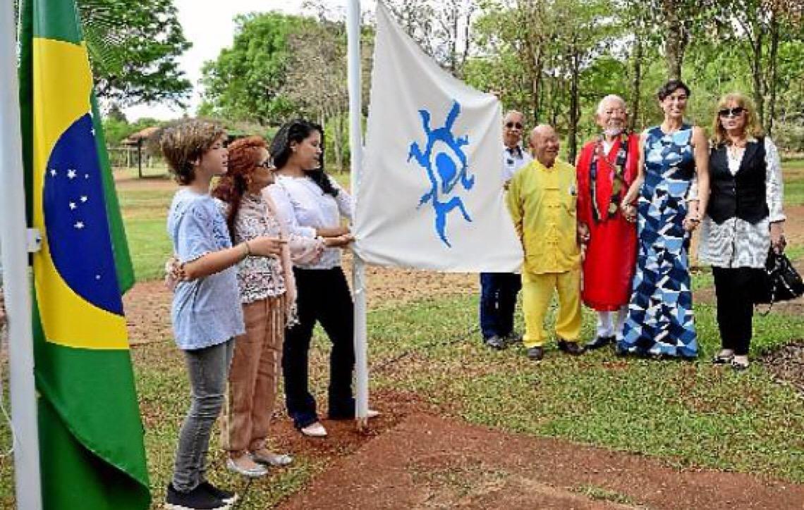 Embaixada da Paz, o lema é fazer o bem