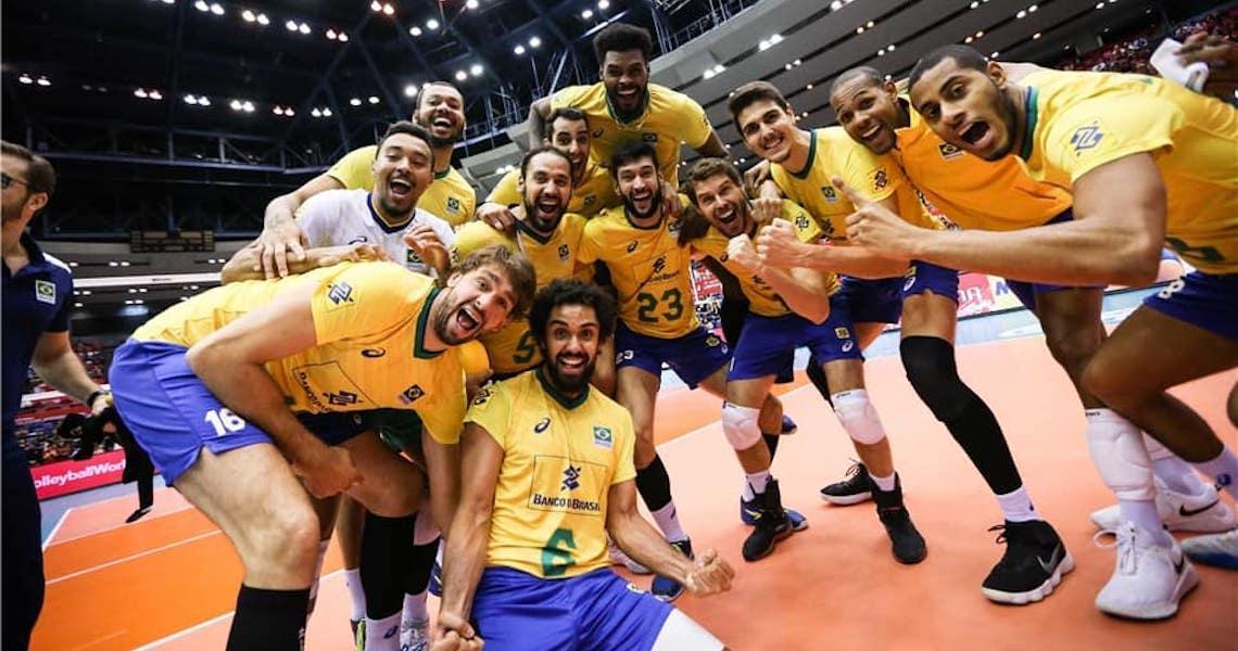 Brasil bate a Itália e fecha a bela campanha do tri de forma invicta