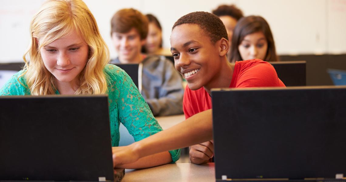 Para democratizar a internet em escolas públicas MEC amplia o projeto Educação Conectada