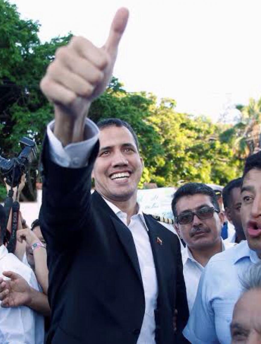 Representantes de Guaidó tomam controle de embaixada da Venezuela no Brasil
