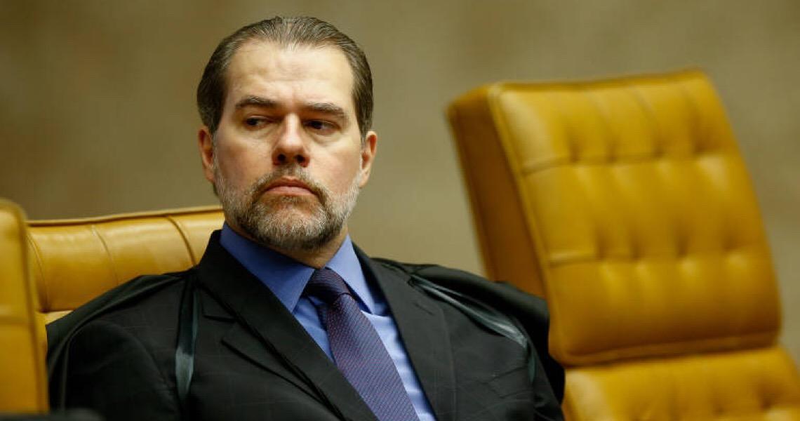 Dias Toffoli intima BC, obtém dados sigilosos de 600 mil pessoas e gera apreensão no governo Bolsonaro