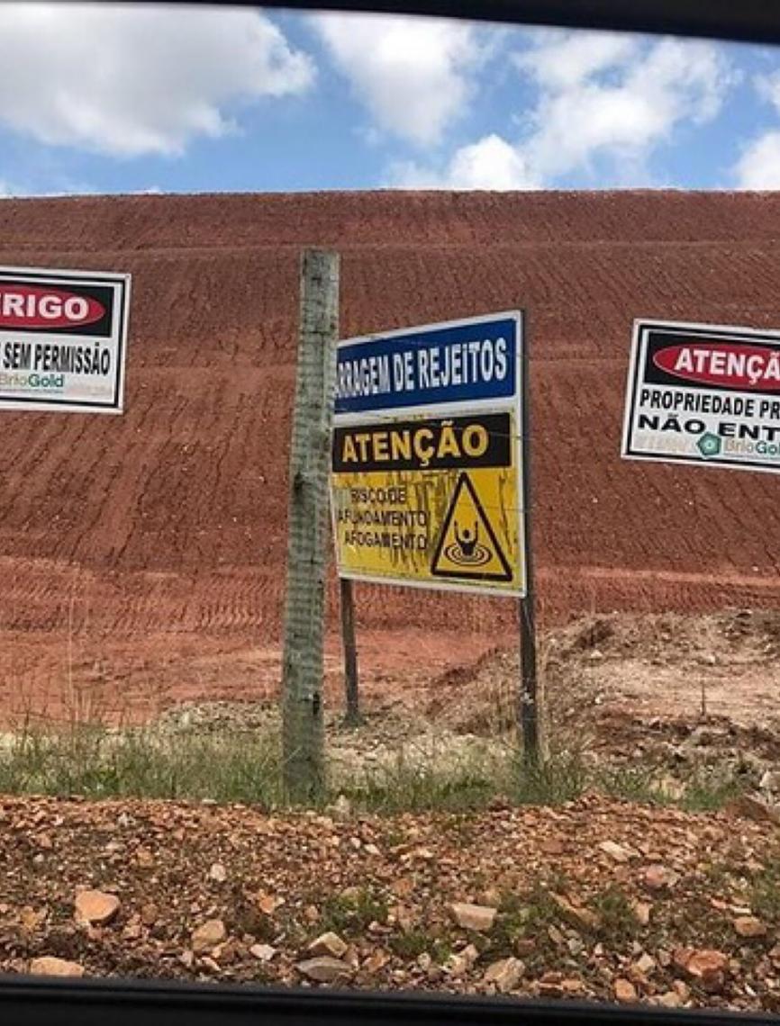 Entidades brasileiras denunciam mineradora Riacho dos Machados por alteamento ilegal em barragem