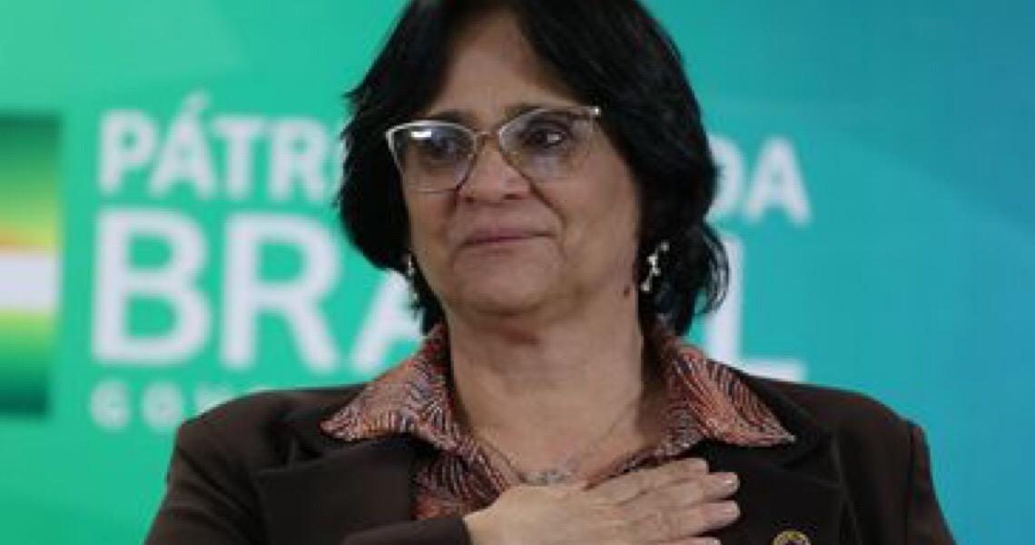 Governo brasileiro assina termo que garante propriedade de terras a quilombolas