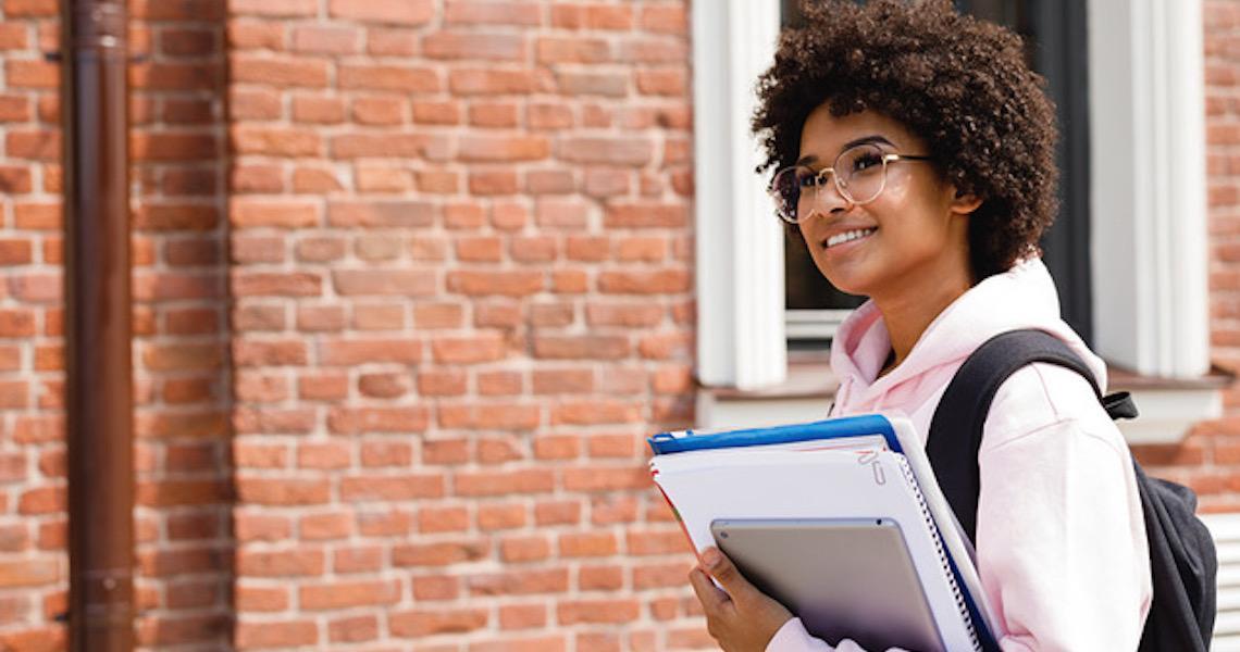 Black Friday: é possível encontrar descontos para universidades e faculdades