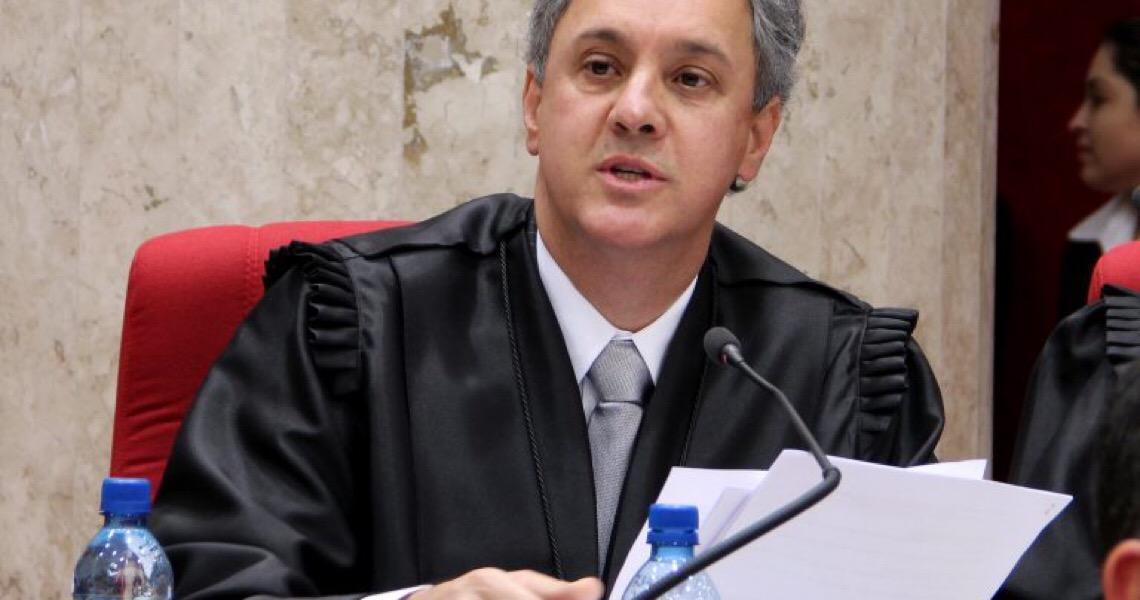 'Não há contaminação dos julgadores', diz relator da Lava Jato no TRF-4