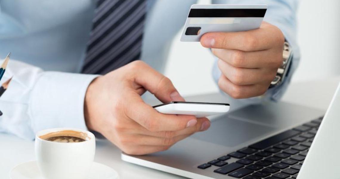 """Caiu na """"Black Fraude""""? Saiba o que fazer se suas compras deram errado"""