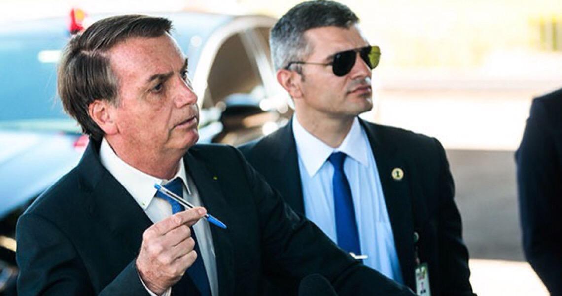 Jair Bolsonaro rebate Trump e afirma que o governo não manipula a cotação do dólar