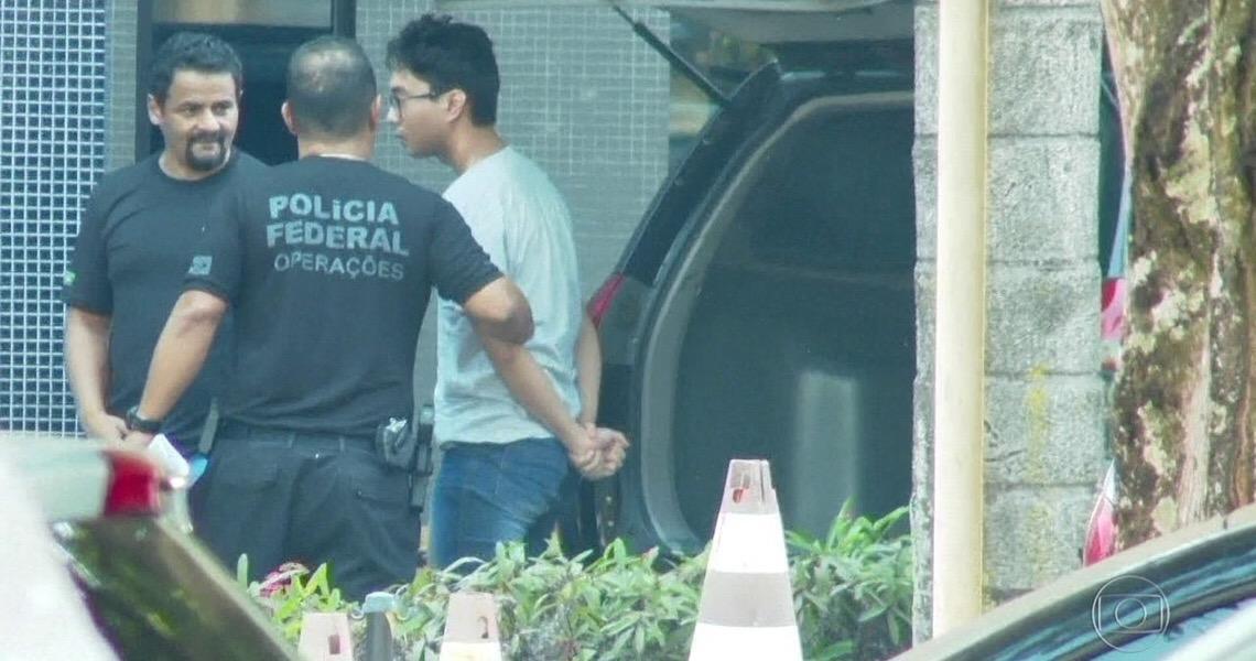 Após delação, juiz federal manda soltar membro da gangue que invadiu celulares da Lava Jato