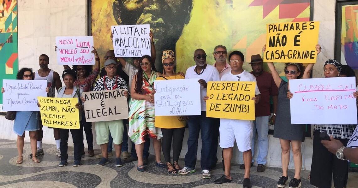 Movimento negro faz ato em Brasília e pede suspensão definitiva do presidente da Fundação Palmares