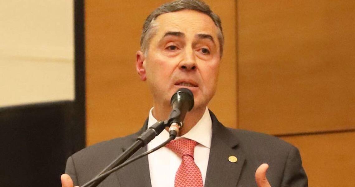 Não é um debate antipartido, diz ministro Barroso sobre aval a candidaturas avulsas