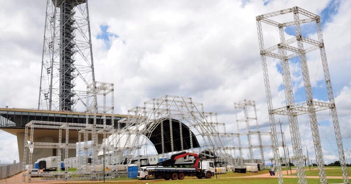 Torre de TV: Natal Sempre Monumental muda trânsito em Brasília