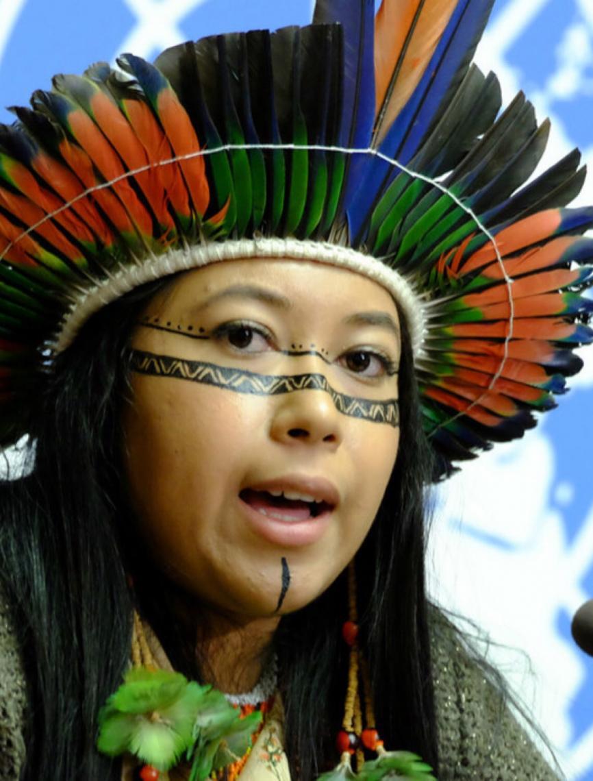 Indígena brasileira é destaque em Cúpula de Jovens Ativistas