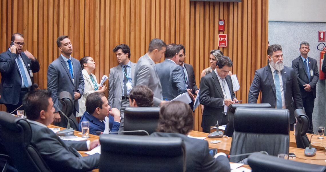 Câmara Legislativa do DF aprova regularização de dívidas e prorrogação de isenção de ICMS