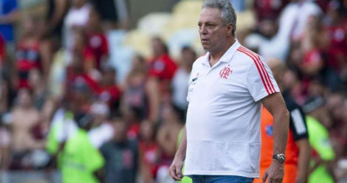 Abel cobra Flamengo por premiação de títulos: