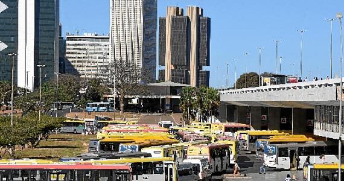 Brasilienses vão arcar com um acréscimo de 10% em todos os percursos de ônibus e metrô