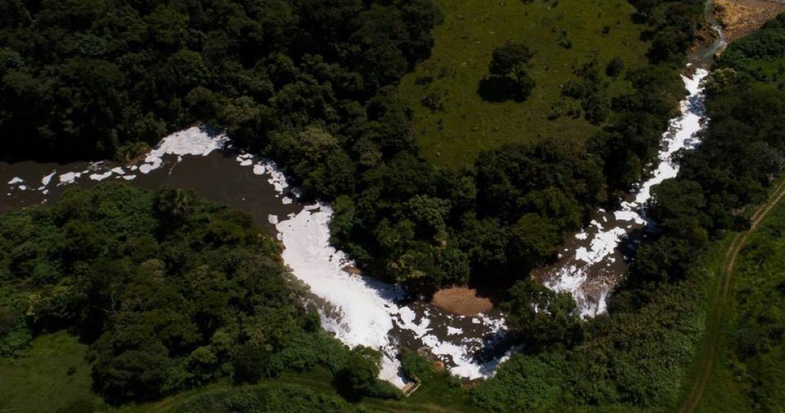 Risco de vazamento de chorume em novo aterro ameaça Rio Melchior, no DF