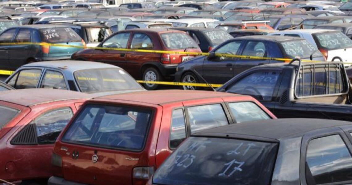 Detran do DF realiza o 1º leilão de veículos e sucatas do ano