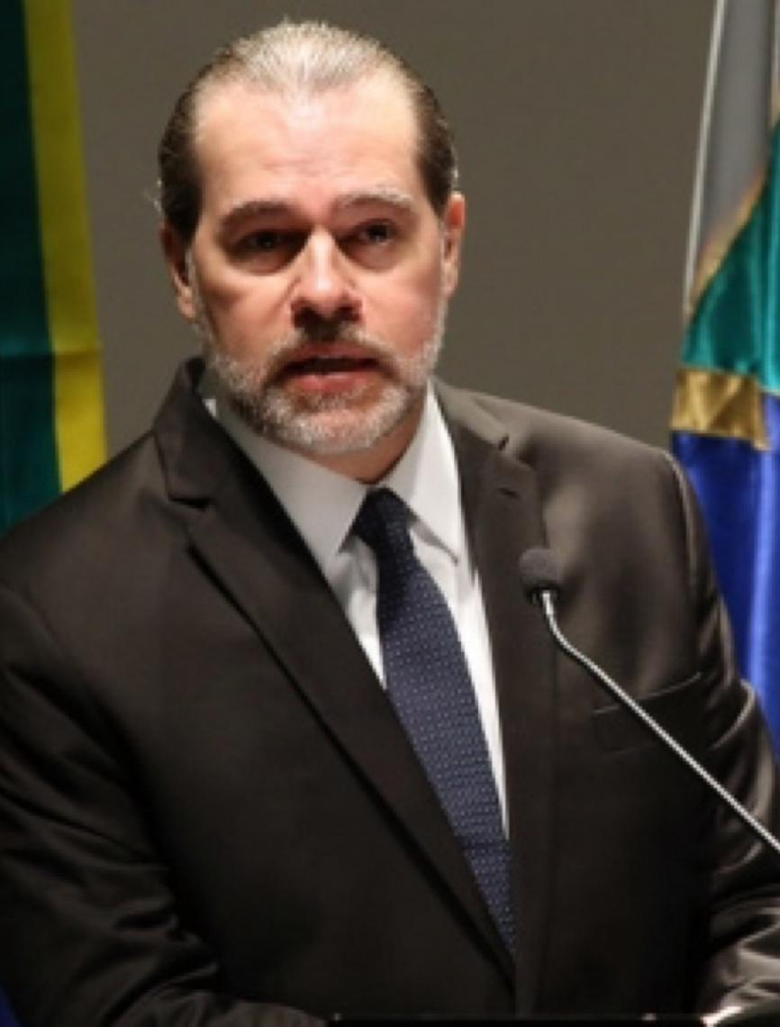 Ministro Dias Tofolli, como ficam os primos pobres da educação básica?