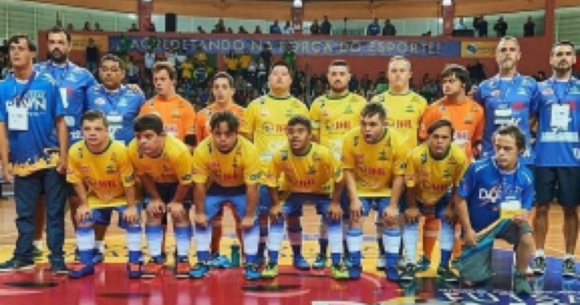Campeã do mundo, seleção brasileira de Futsal Down faz 'vaquinha' para defender o título