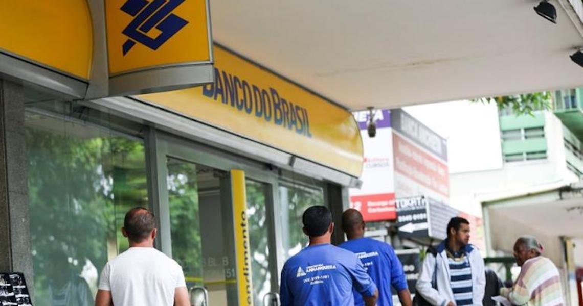 Itaú, BB e Bradesco cortam juros de linhas de crédito após decisão do Copom