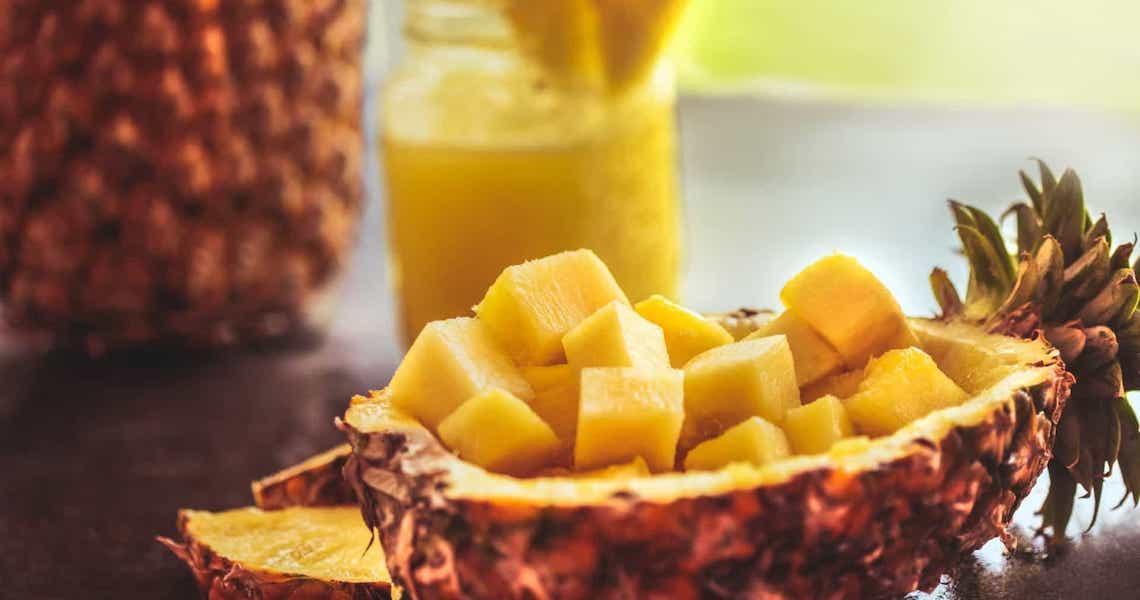 Abacaxi: a fruta da época que vai te ajudar a emagrecer
