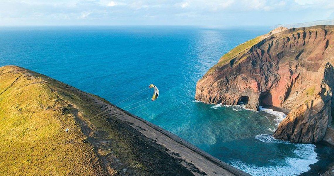 Ponta Delgada, a porta de entrada para um paraíso natural!