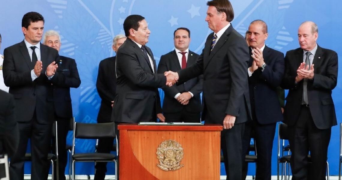 Jair Bolsonaro exclui governadores do Conselho da Amazônia Legal