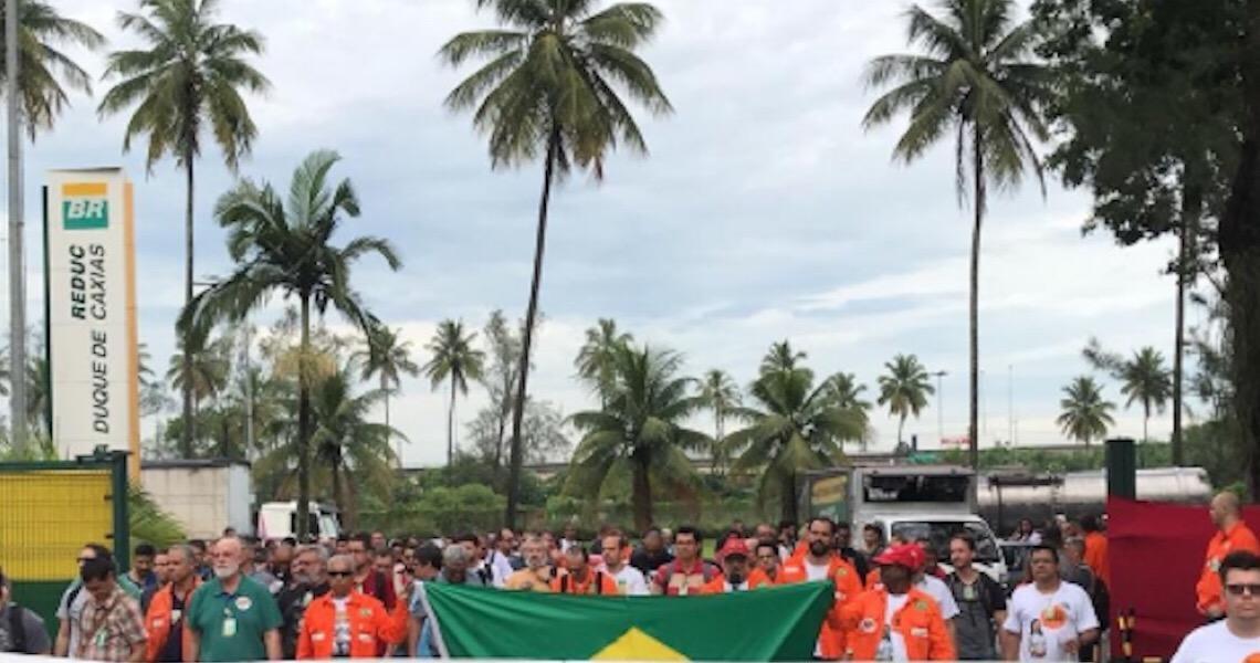 Greve dos petroleiros repercute no mundo enquanto mídia brasileira tenta esconder movimento