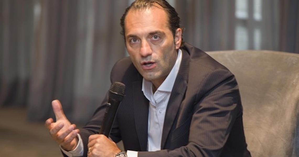 'Estamos analisando', diz Antonio Filosa, CEO da Fiat, sobre a empresa lançar uma locadora