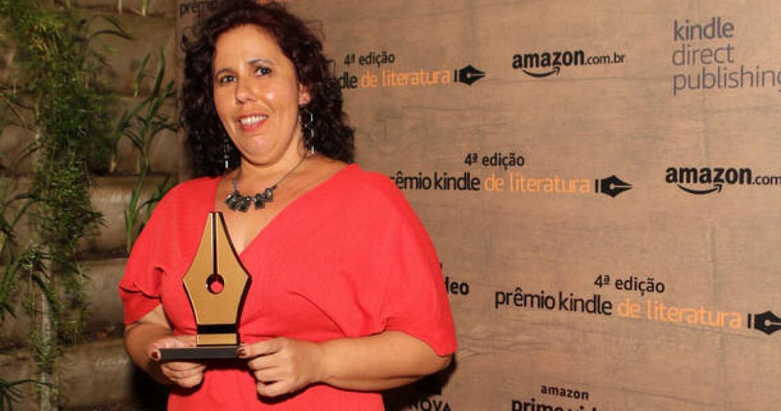 Finalista outras duas vezes, Barbara Nonato vence Prêmio Kindle de Literatura