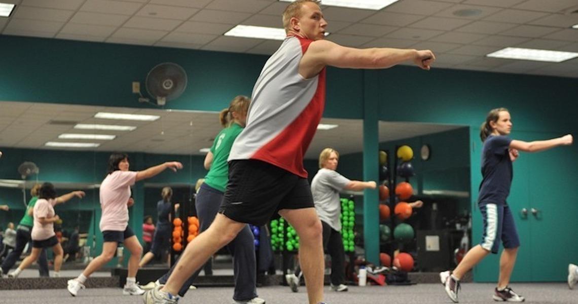 Músicas agitadas podem aumentar efeitos de exercícios físicos, diz estudo